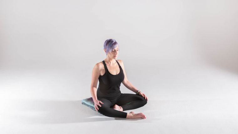 relieve-neck-and-shoulder-tension-with-this-yoga-practice