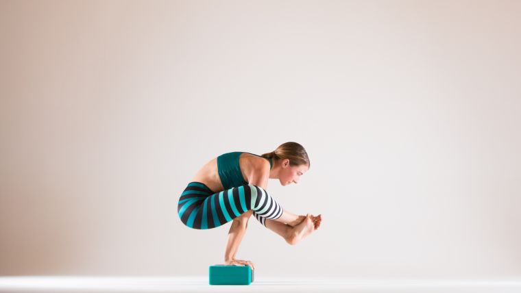 bhujapidasana-with-props