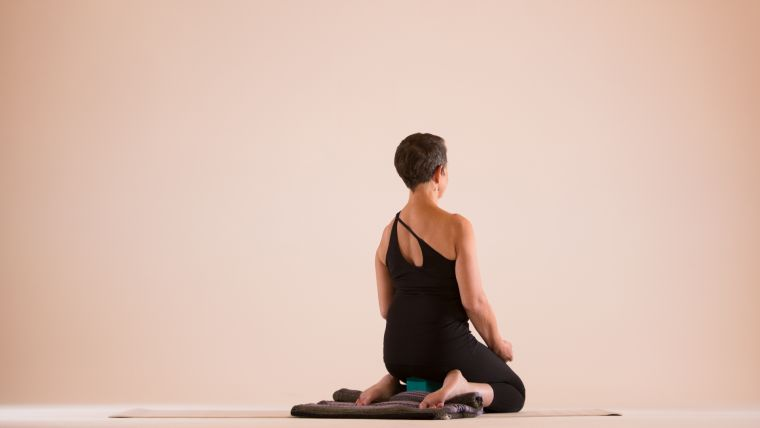 6 Virasana Variations For Yogis Who Ve Battled With Hero Pose