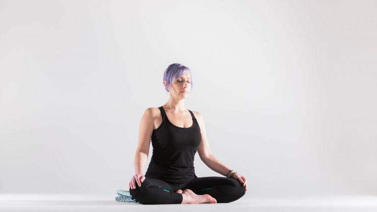 a-yoga-practice-to-relieve-neck-and-shoulder-tension