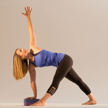nikki estrada  profile  yoga international
