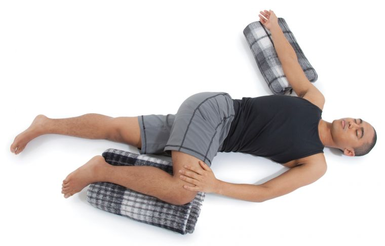 Reclined Abdominal Twist