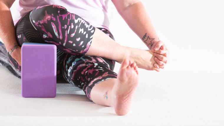 ankle-practice-in-yin-yoga-practice-for-the-lower-legs