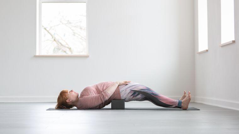 hip-flexor-yoga-stretch