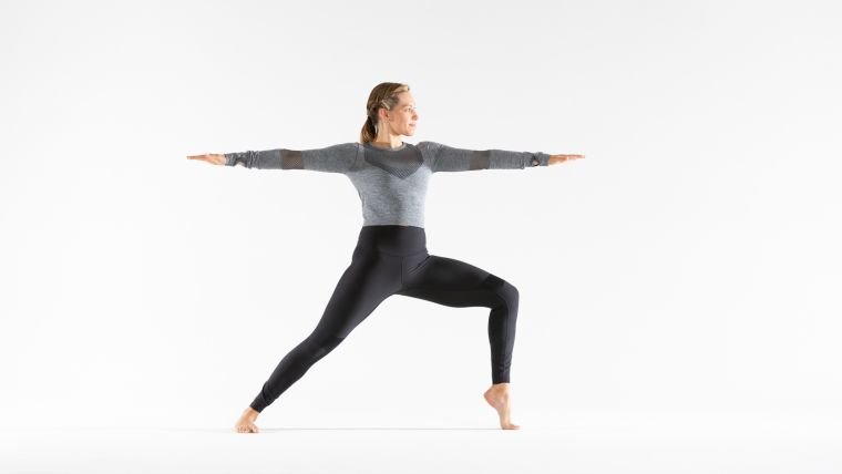 lunge-practice-to-improve-your-balance