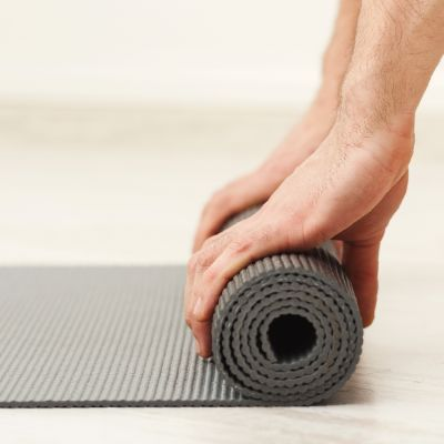 practicing yoga with arthritis how to find the class for you
