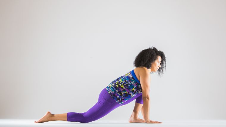 yoga for tight quads overstepping dragon