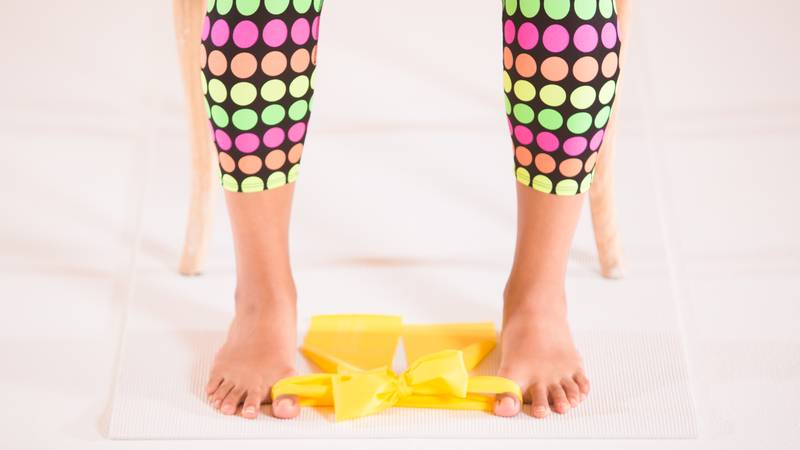 band-exercise-yoga-for-bunions