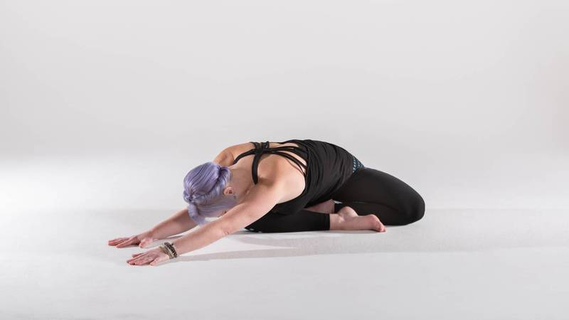 yoga-to-relieve-your-neck-and-shoulder-tension